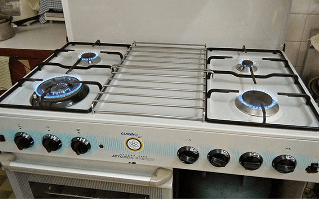 Repair, service and install LPG gas stove for household domestic kitchens in KL and Selangor