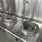 Installing gas stove burner hub for restaurant and hotel